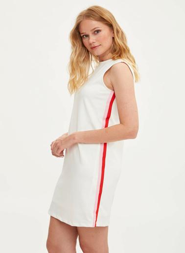 DeFacto Yanı Şerit Detaylı Krep Elbise Beyaz